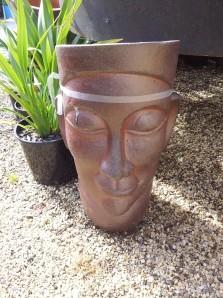 VT_Head planter_WEBSITE