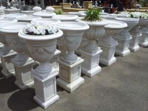 CE_Marble urn display_WEBSITE