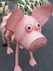 CH_FW014 Wilbur pig_WEBSITE